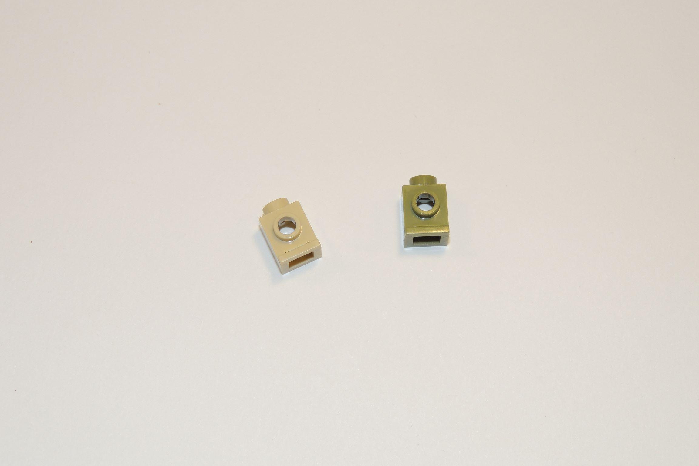 1 × 1 Scheinwerfersteine – 16 mal in tan, 11 mal in oliv.