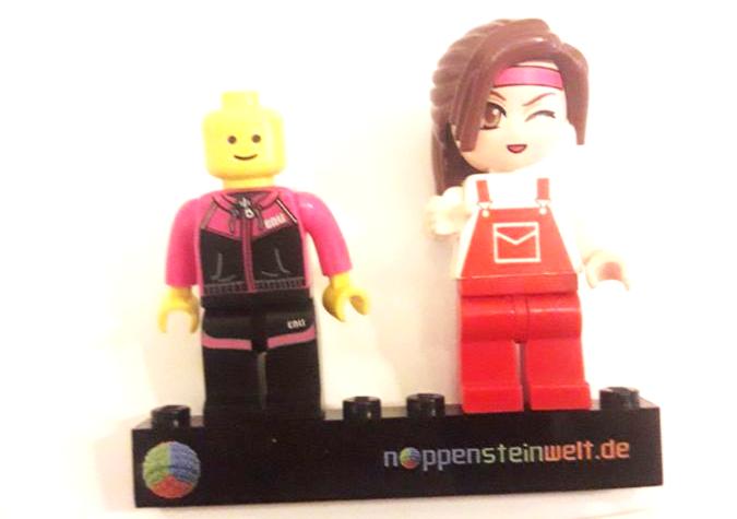 Qman vs. Lego