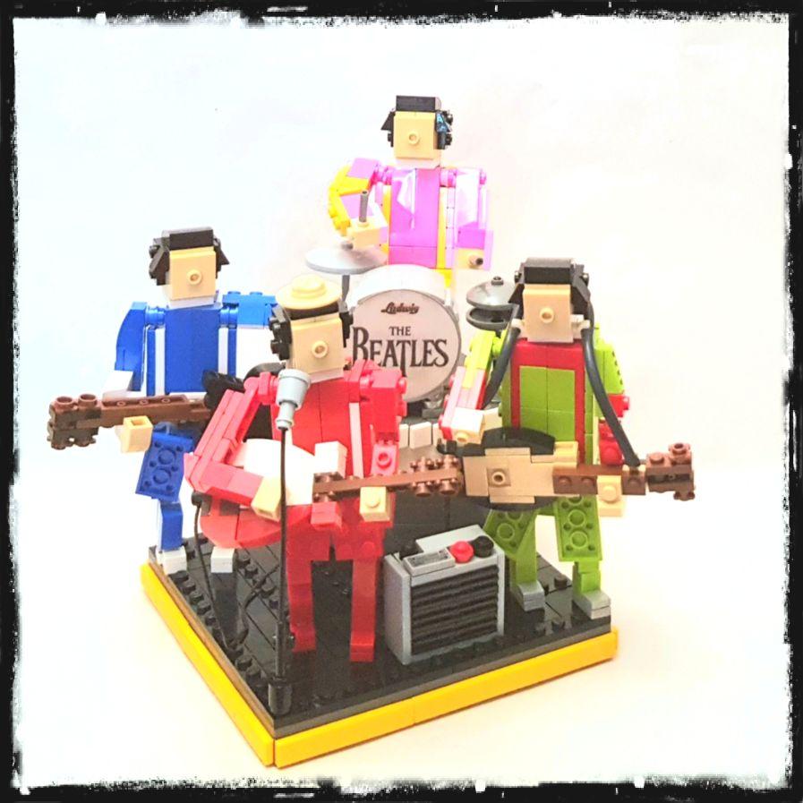 John, Paul, George und Ringo. Letzter war der Erzähler bei Thomas, die kleine Lokomotive.