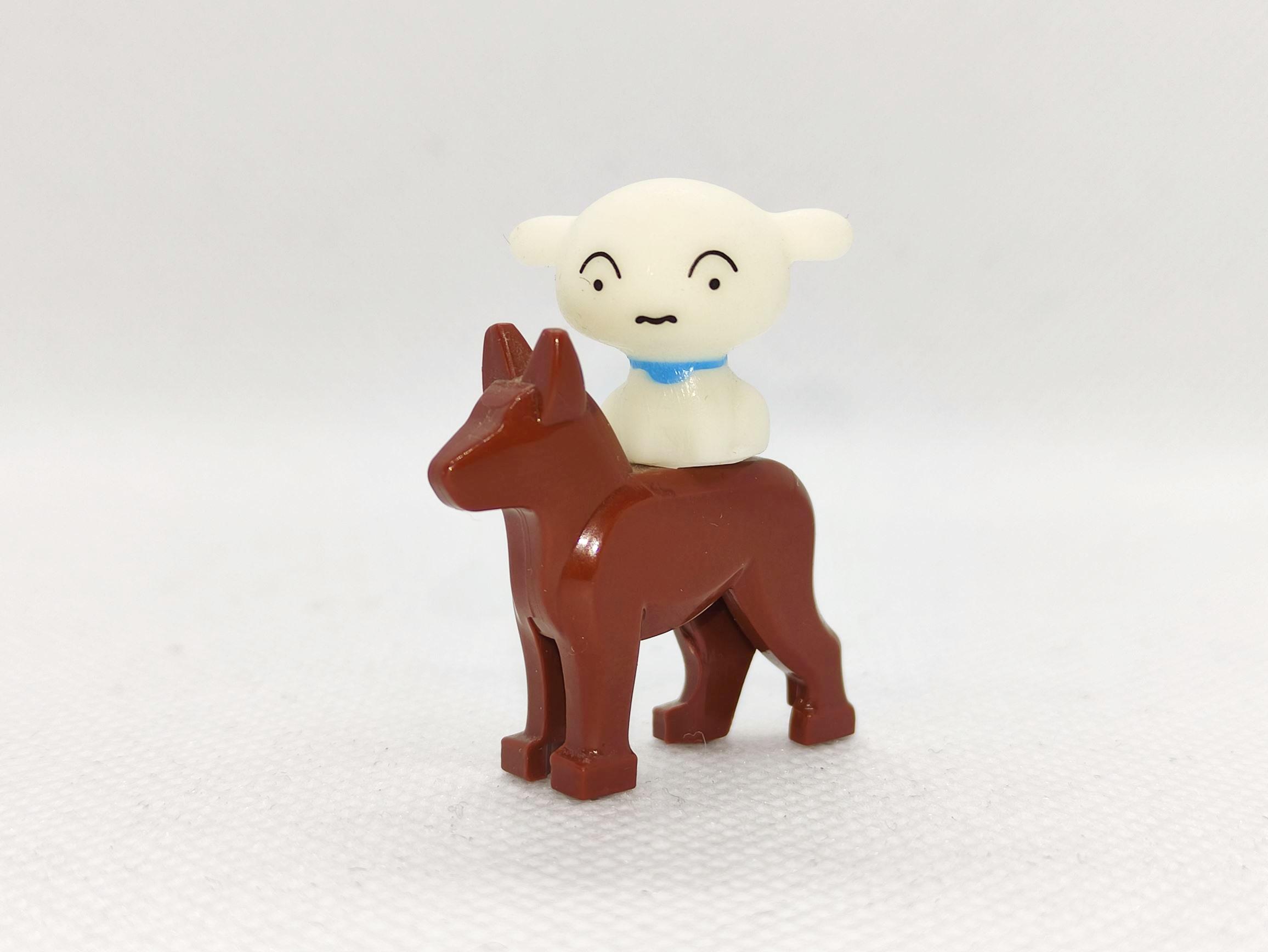 Shiro und ein Hund nach dänischer Bauart.