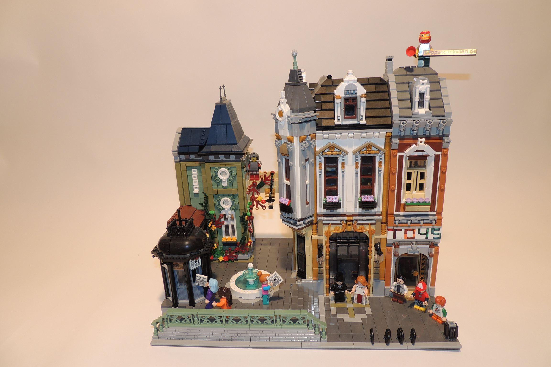 Der Toy/AFOL-Square Vorderansicht.