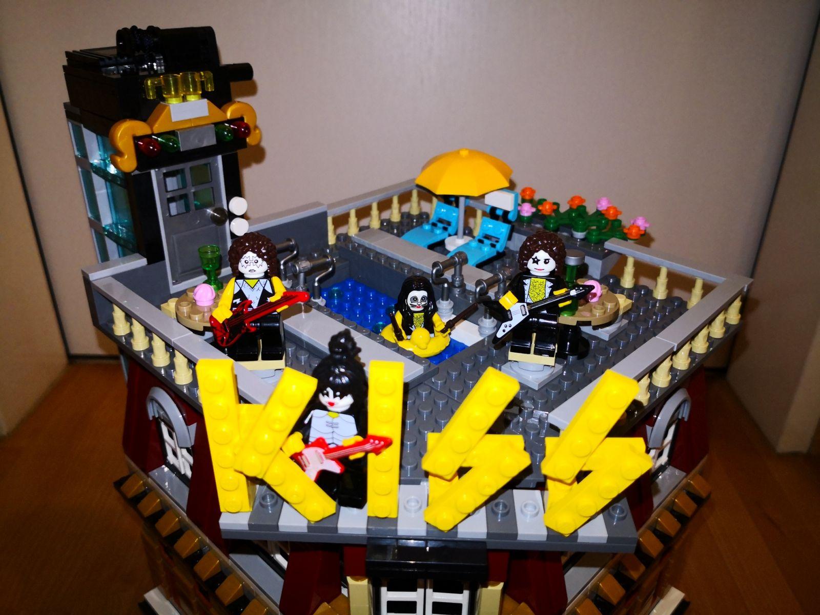 Alternde Hardrocker von Kiss auf dem hauseigenen Club.