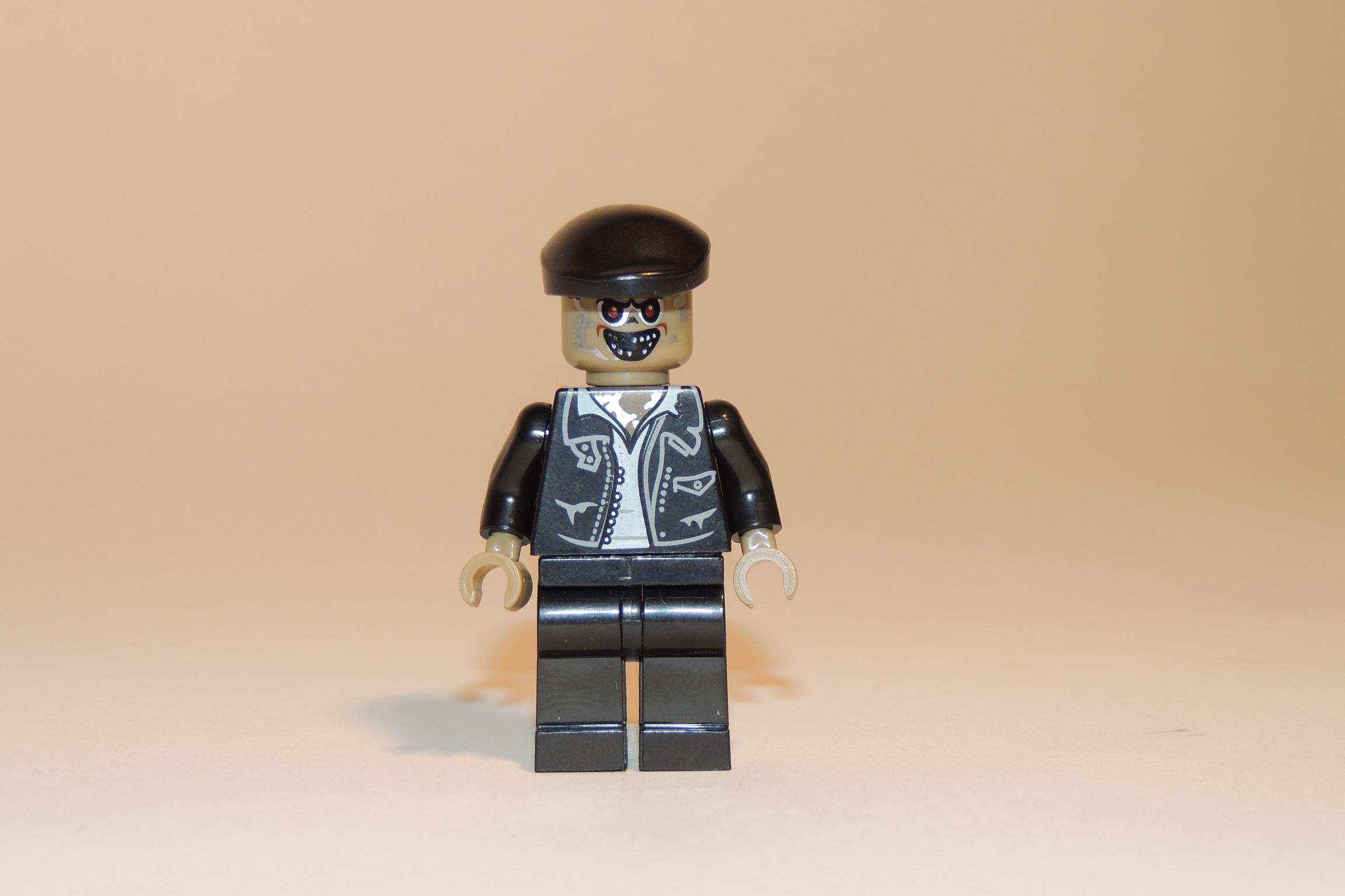 Der Zombie-Taxifahrer. Ein Checkercab muss her.