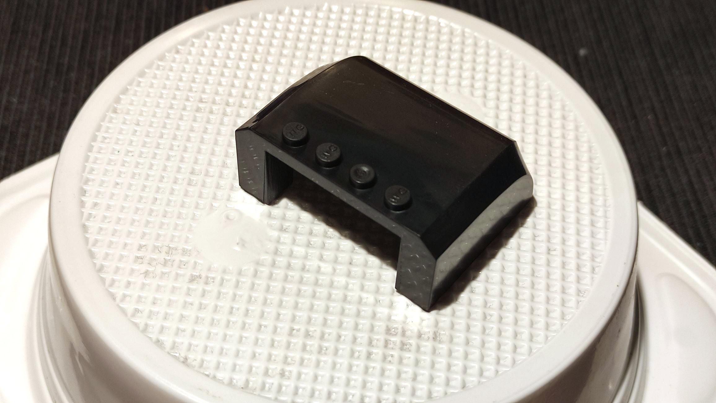 ID 61484 gibts bei Lego nicht in Schwarz!
